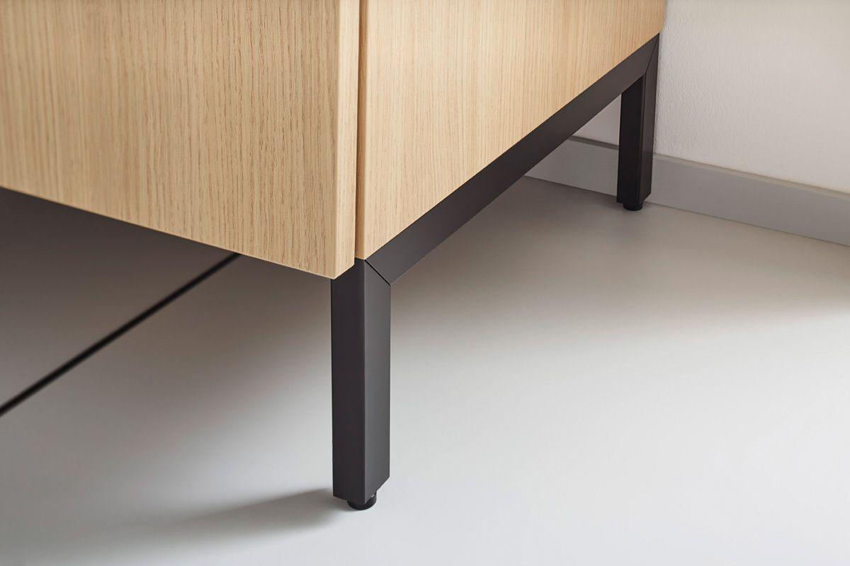 Wood effect Top 1496 Kitchen Design