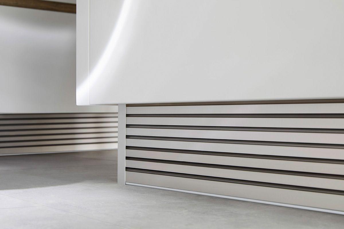 White kitchen island Flair S 40095 Kitchen Design