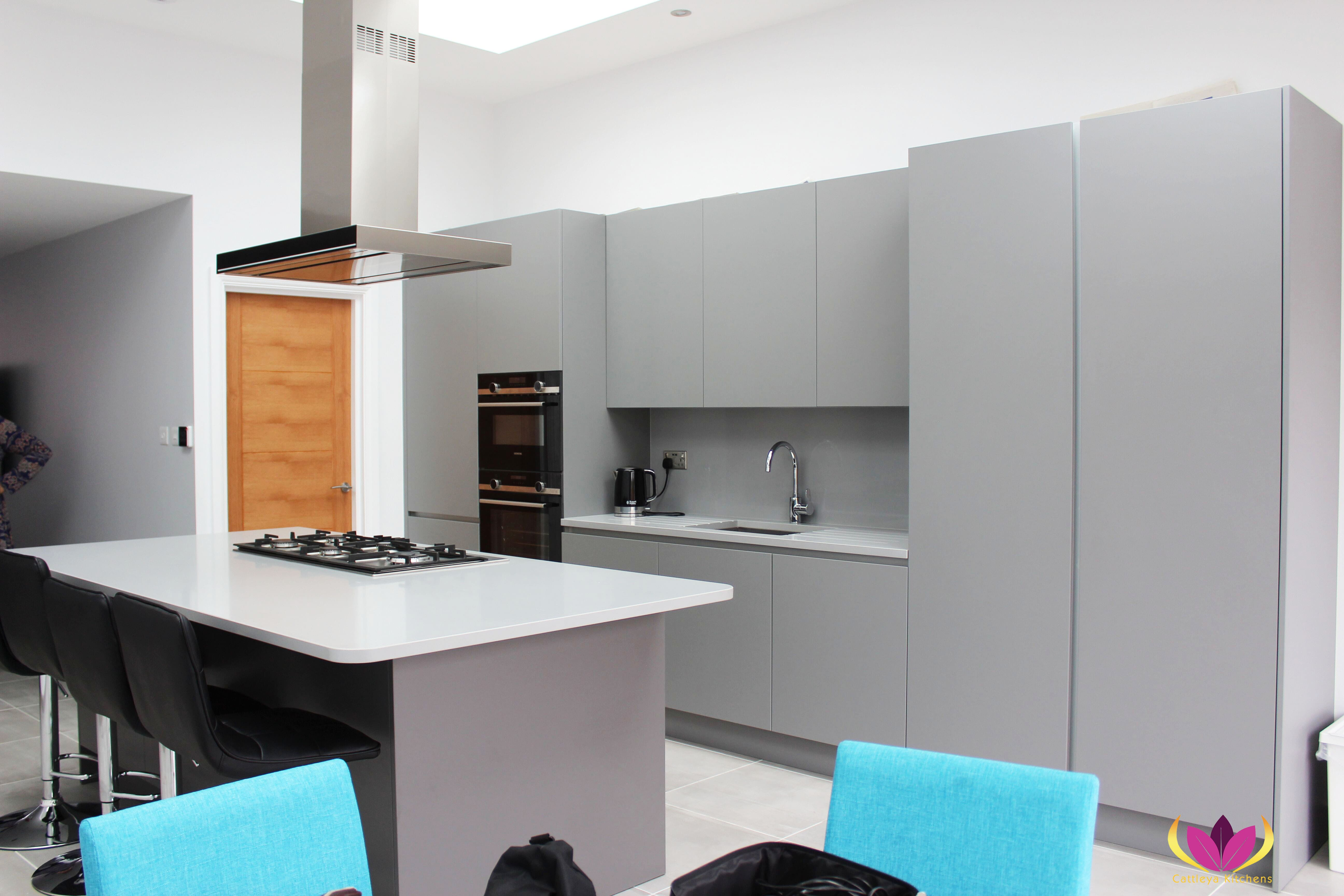 Gray Edgware Finished Kitchen Project