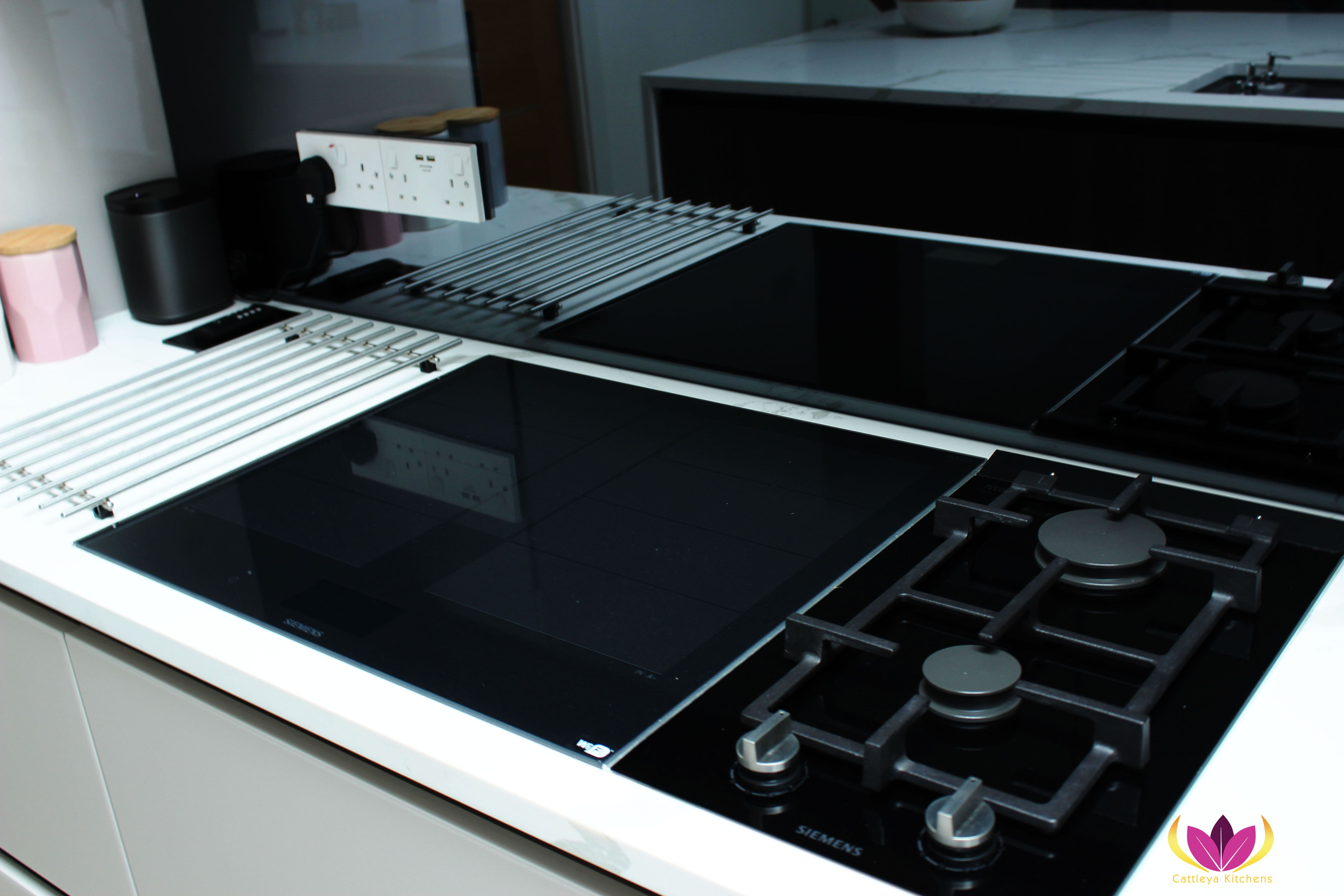Siemens induction cooker & gas hob - Greenford Finished Kitchen Project