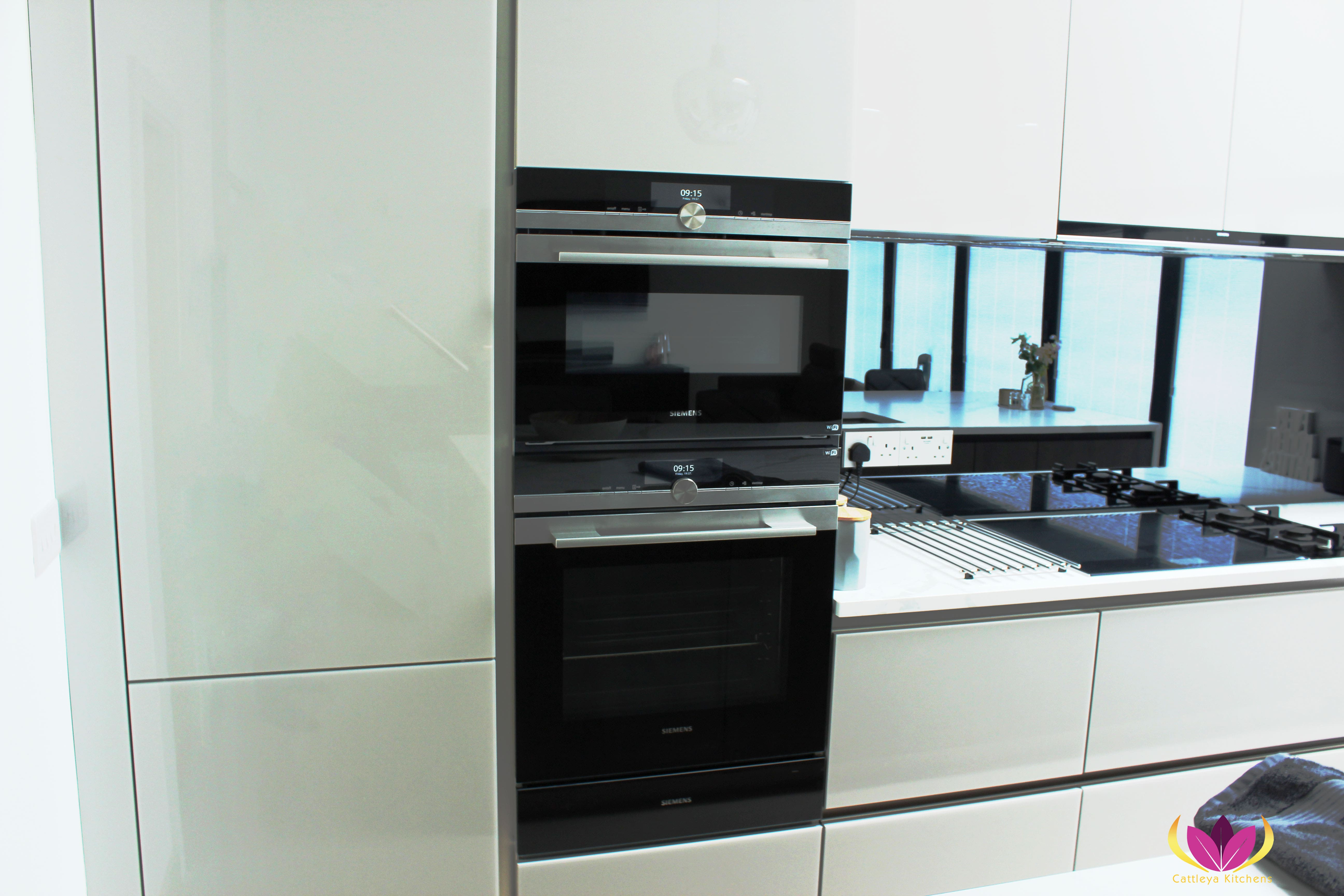 Siemens innovative ovens - Greenford Finished Kitchen Project
