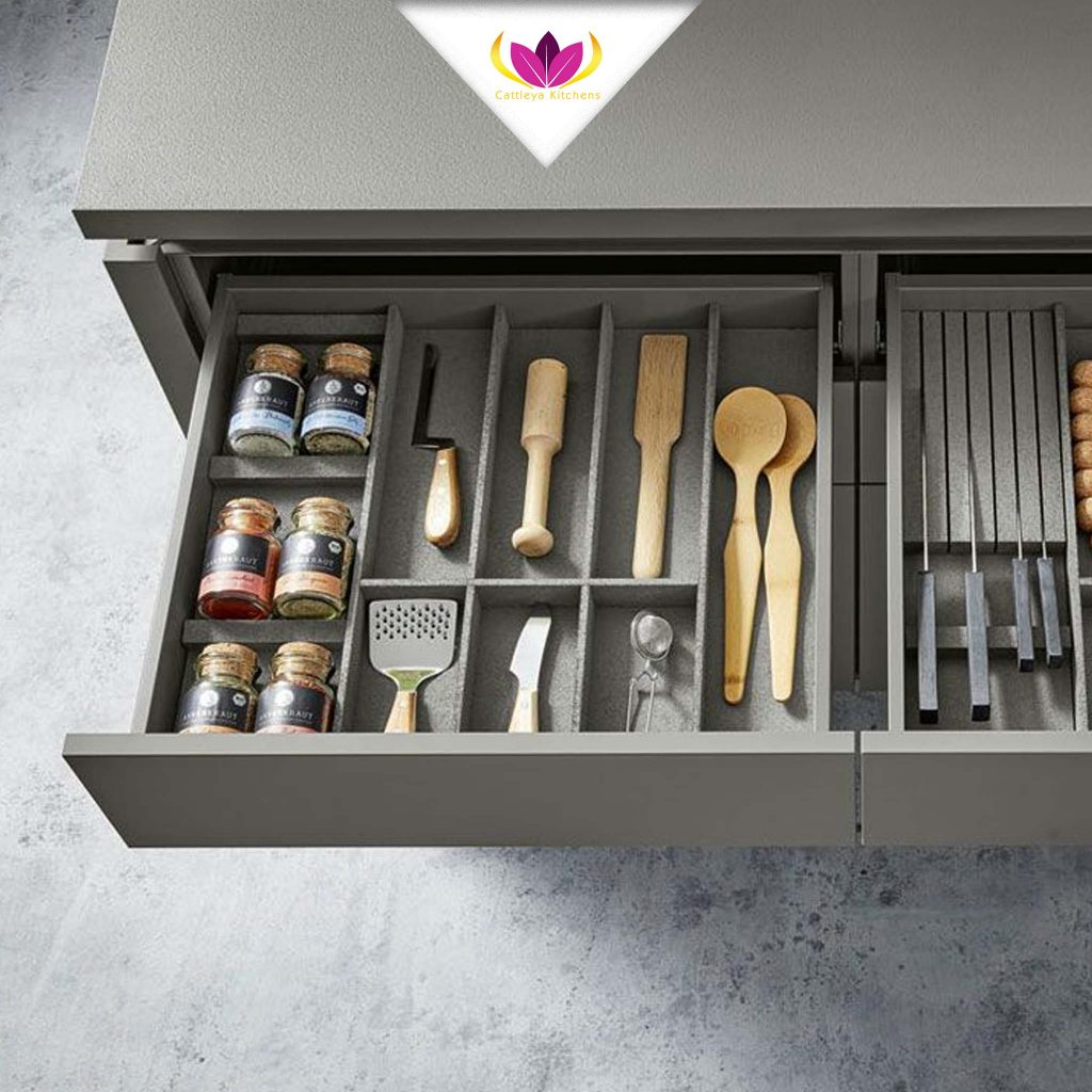 Drawers Integrated with Dividers - Pur 2661